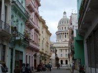 Kapitol und schöne Häuser in der Altstadt von Havanna
