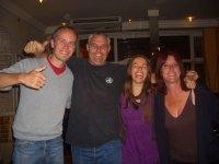 Suedafrika Abschiedsfeier mit unseren Ersatzeltern Wendy und Dean im Forty8 Hostel